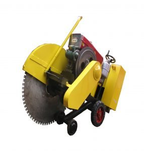 Concrete cutter saw with water cool diesel engine