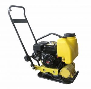 Vibratory-plate-compactor-with-iron-plate
